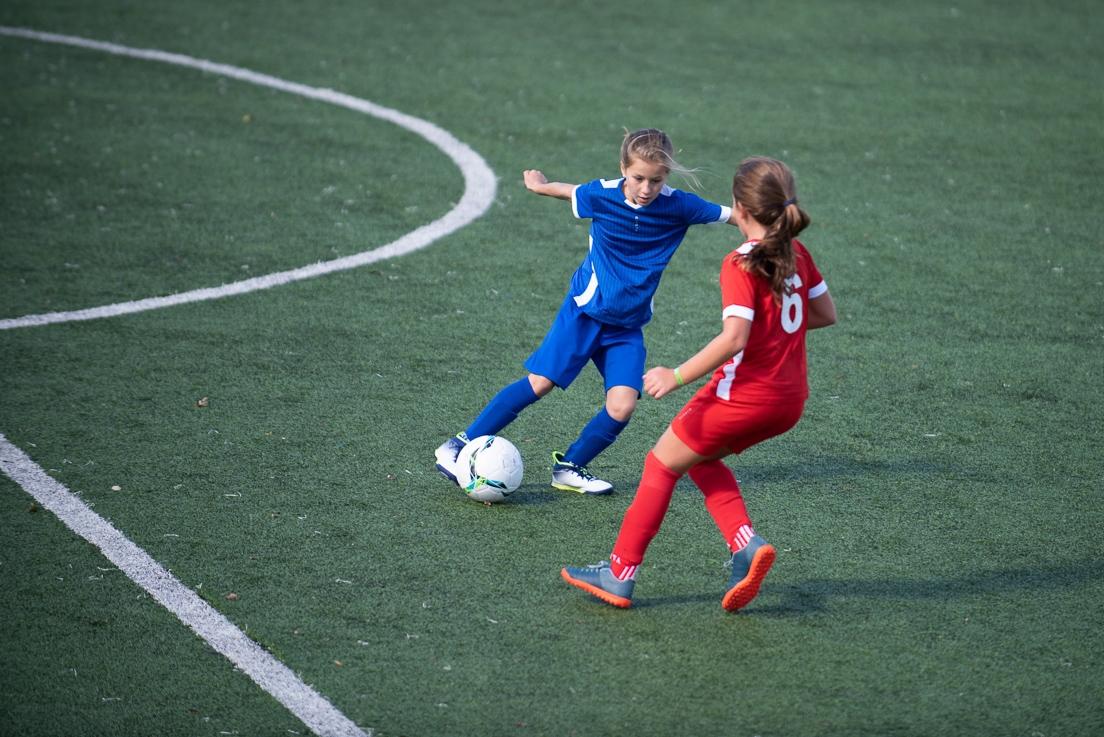 Equipements et normes pour un terrain de football ? | Decathlon Pro
