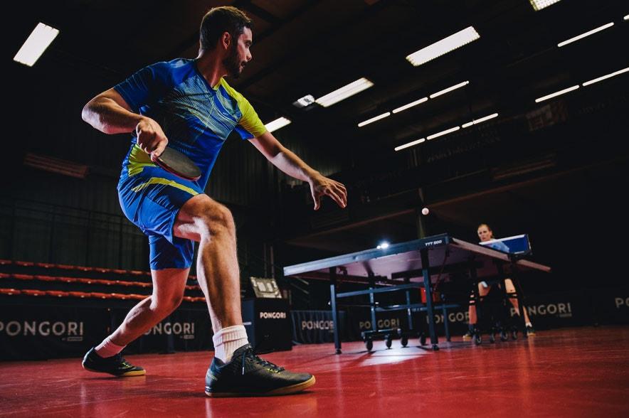 tennis de table salle intérieur